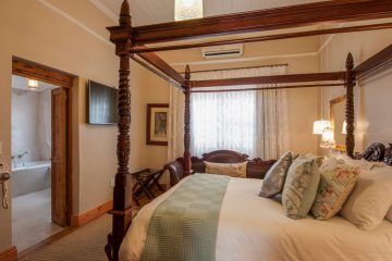 Beautifully appointed bedrooms with en-suite bathrooms